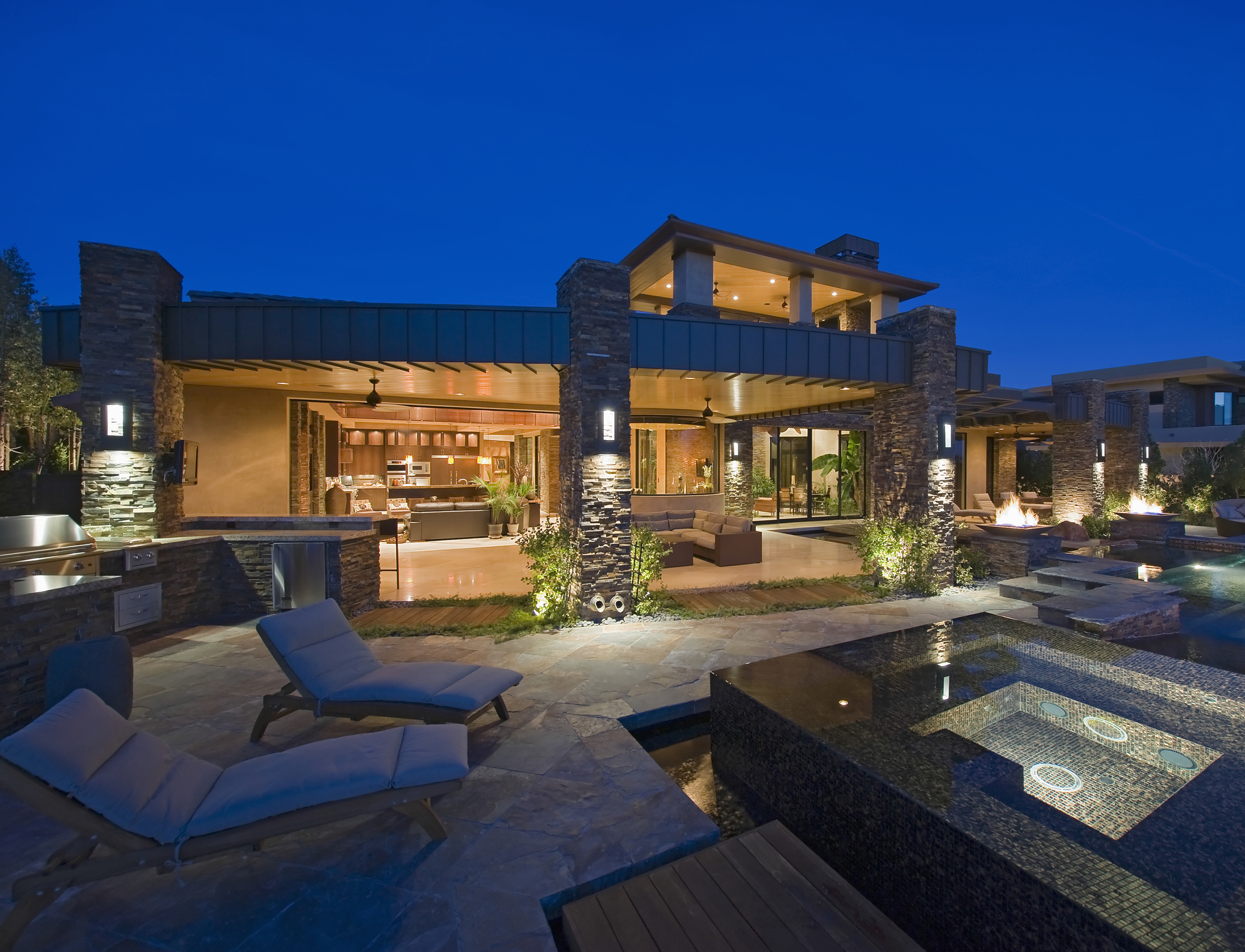 Contemporary House With Plunge Pool